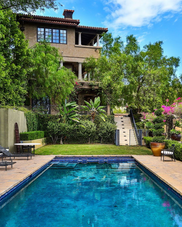 Villa Verdura Bowmont Estates 2670 Bowmont Dr Beverly Hills, CA 90210
