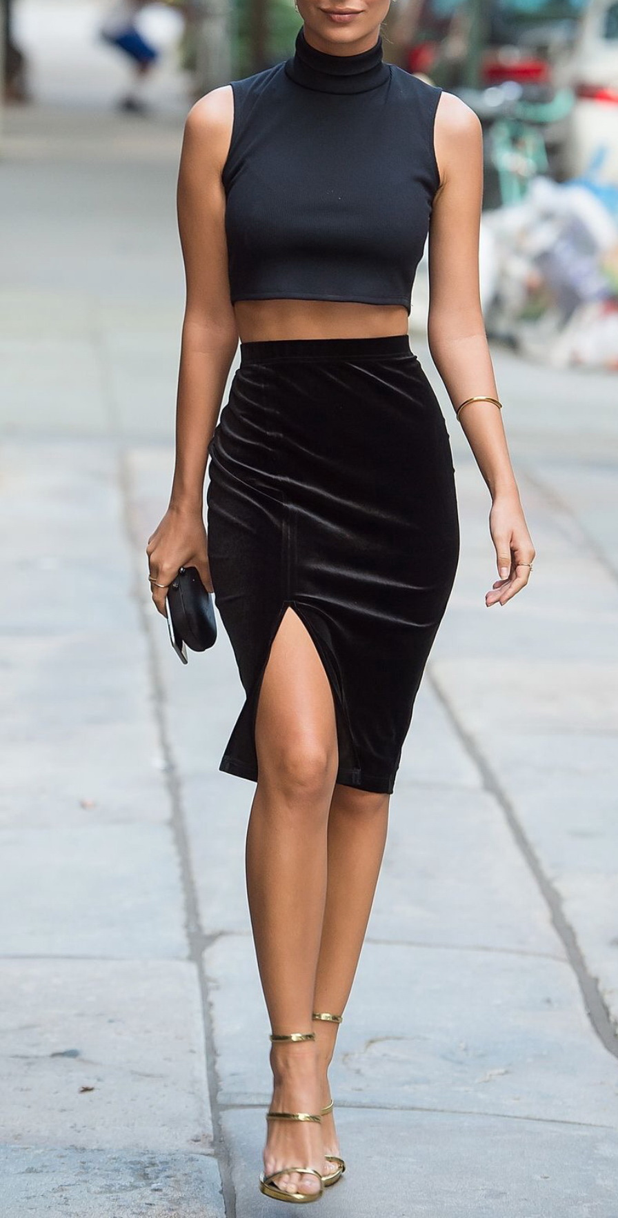 http://www.popsugar.co.uk/fashion/Emily-Ratajkowski-Wears-Primark-Better-Than-We-Ever-Could-38292551