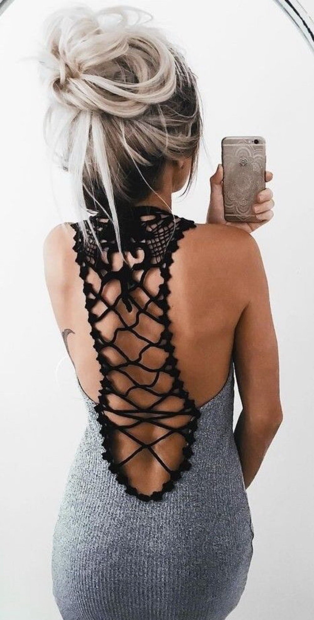 https://outfitshunter.com/article/60-ultimate-trending-summer-outfits-1#7Y15hZMcmR