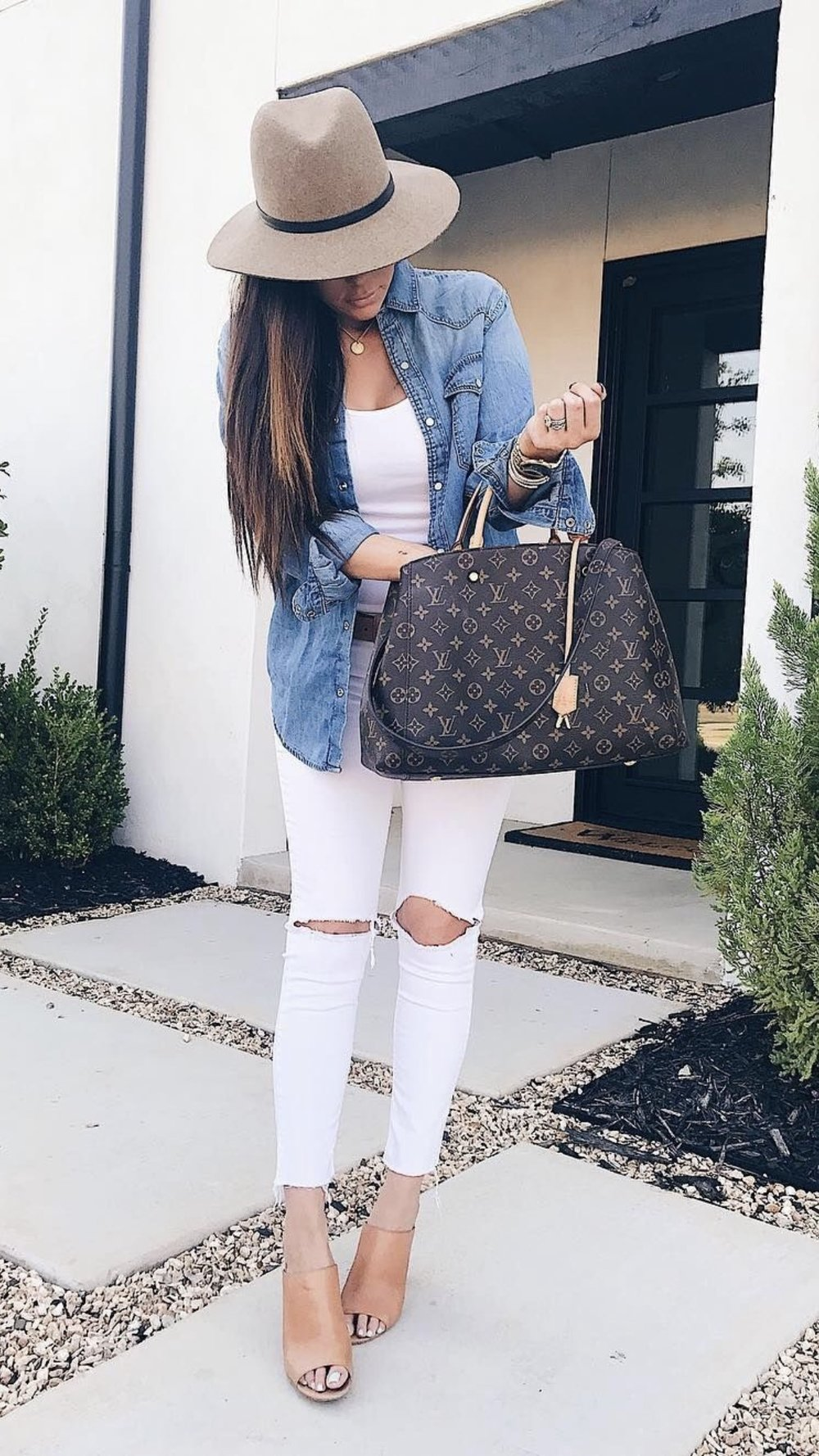 Shop This Style here  http://liketk.it/2sFlj