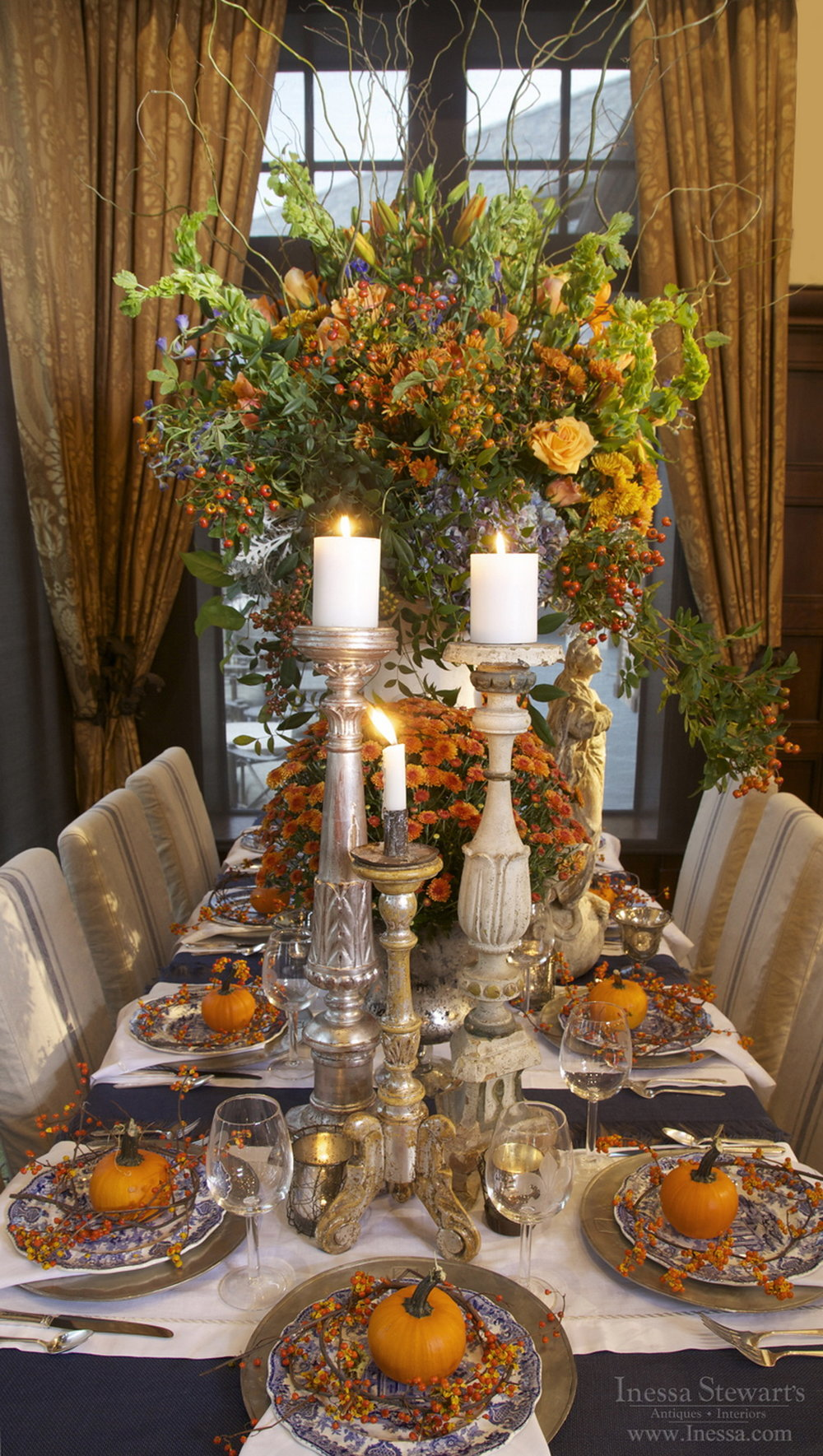 47 Simply Stunning Thanksgiving Table Settings You Have To See