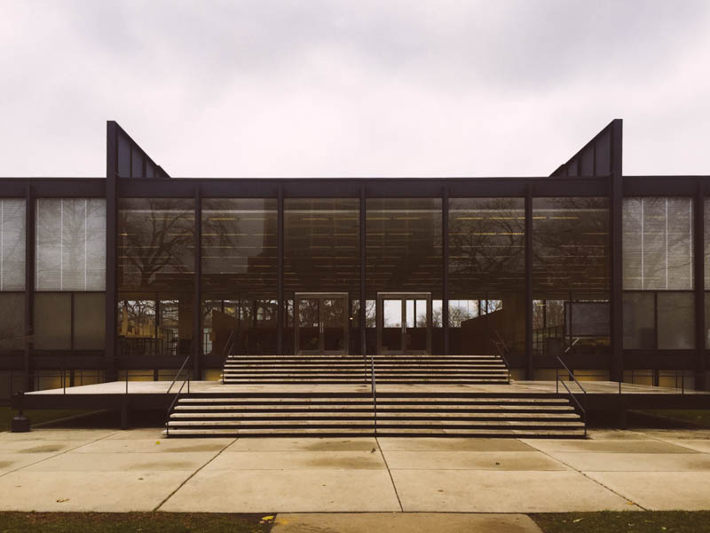 S.R. Crown Hall - Mies van der Rohe