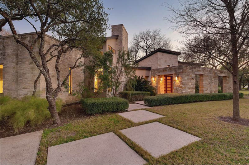 i feel like the majority of these hill country modern luxury homes are brand new its nice to see one that is almost 10 years old and has aged so well