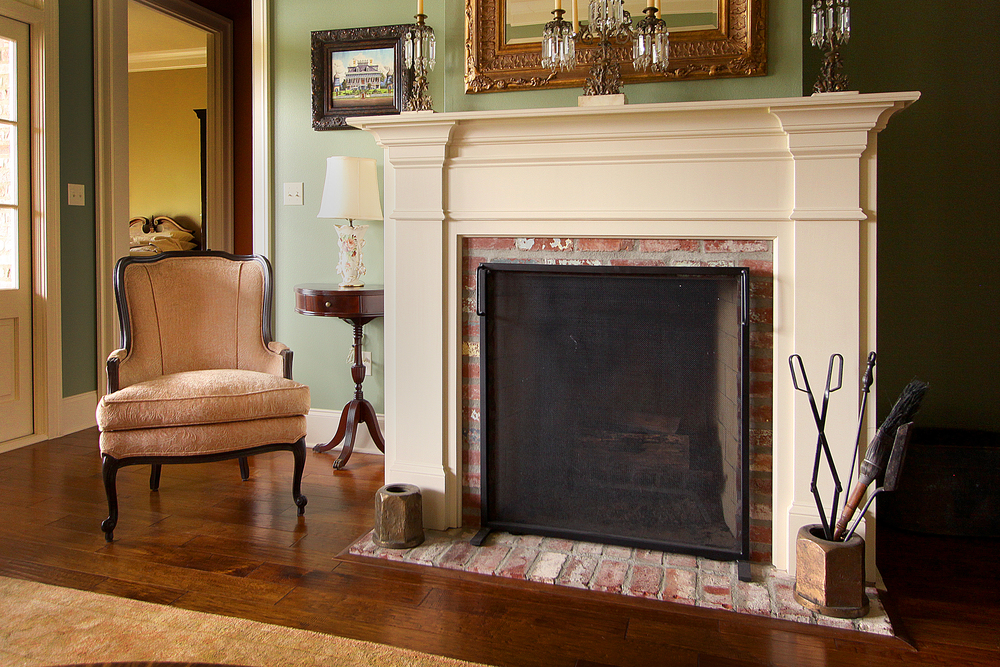 A Creole House in Ponchatoula, LA - Fireplace Mantel
