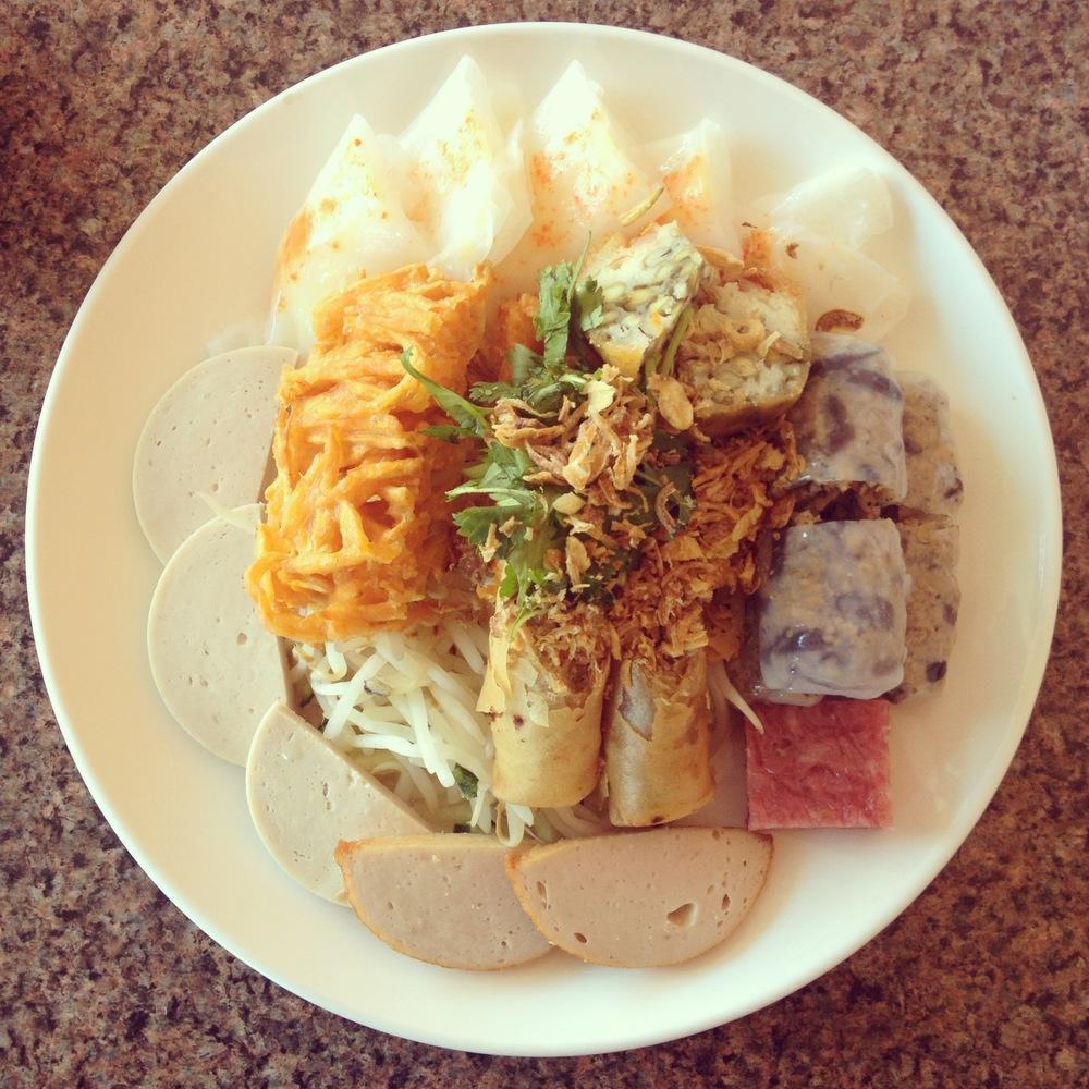 banh cuon plate from Tay Ho.