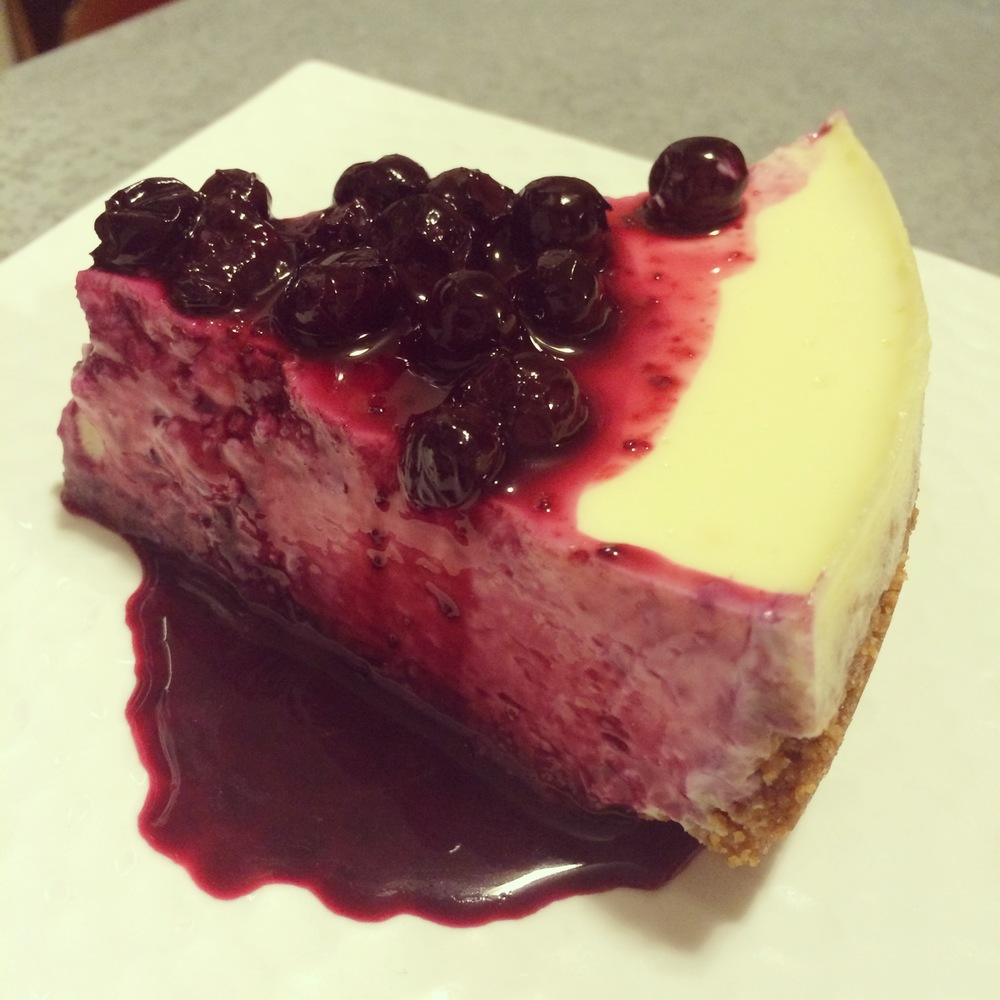 the best cheesecake recipe with blueberry-lemon sauce — bites
