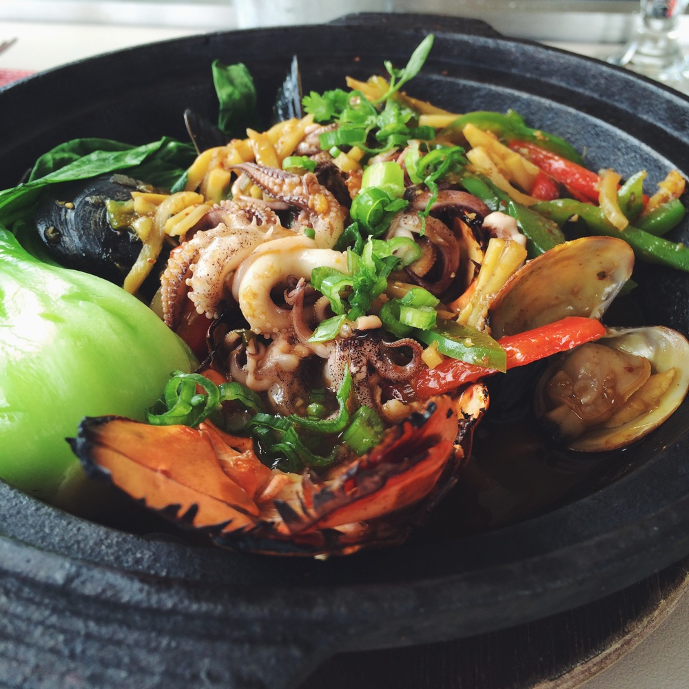 Lobster & Seafood Mix with Glass Noodles Claypot - La Mar SF