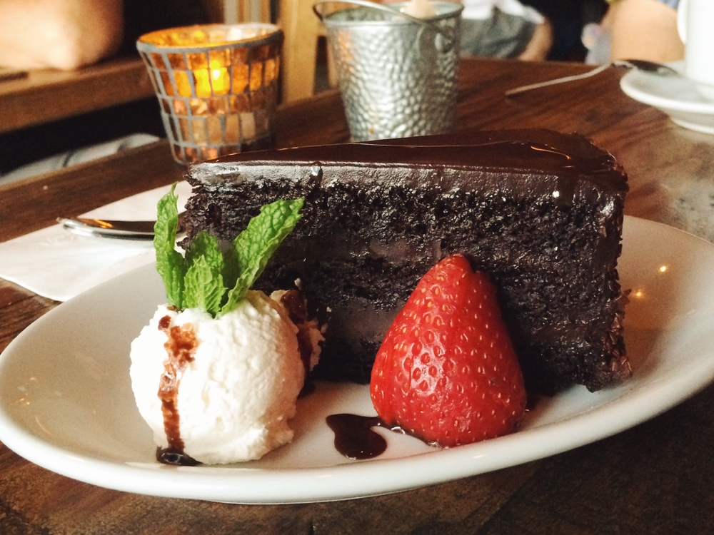 Barlago - Chocolate Fondant Cake