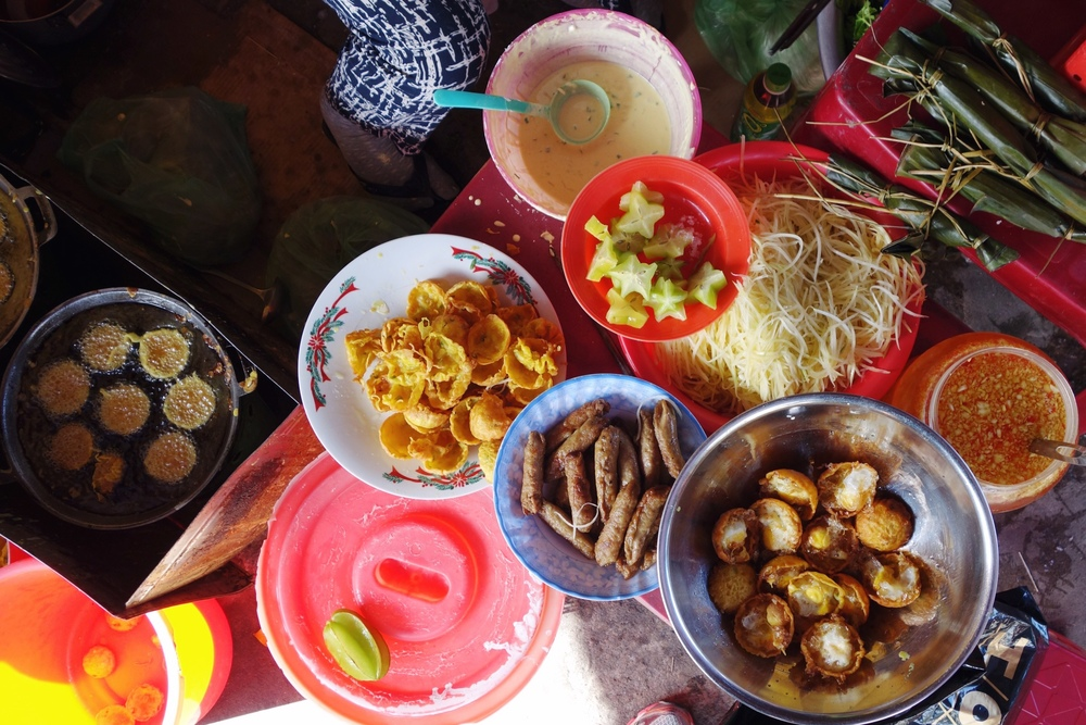 Exploring Vietnam: The Colorful Food Culture of Hoi An - 13 Things to Eat - Hoi An Food Guide