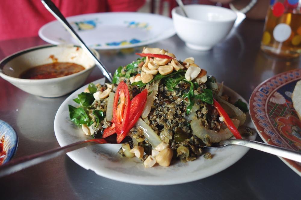 Hen Xuc Banh Trang - Hoi An - Minced Clams