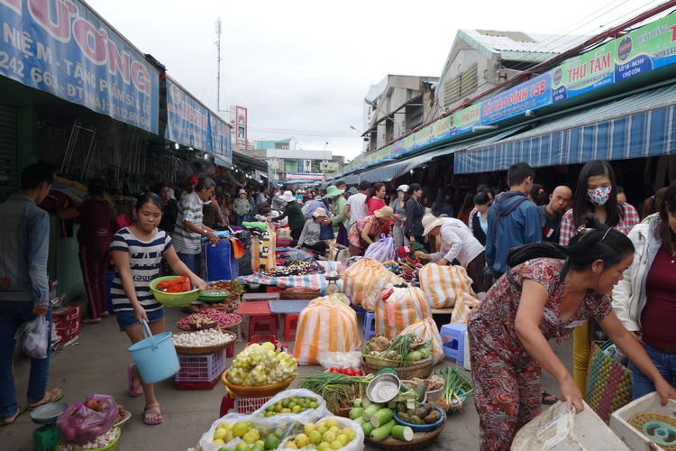 The Con Market - Da Nang