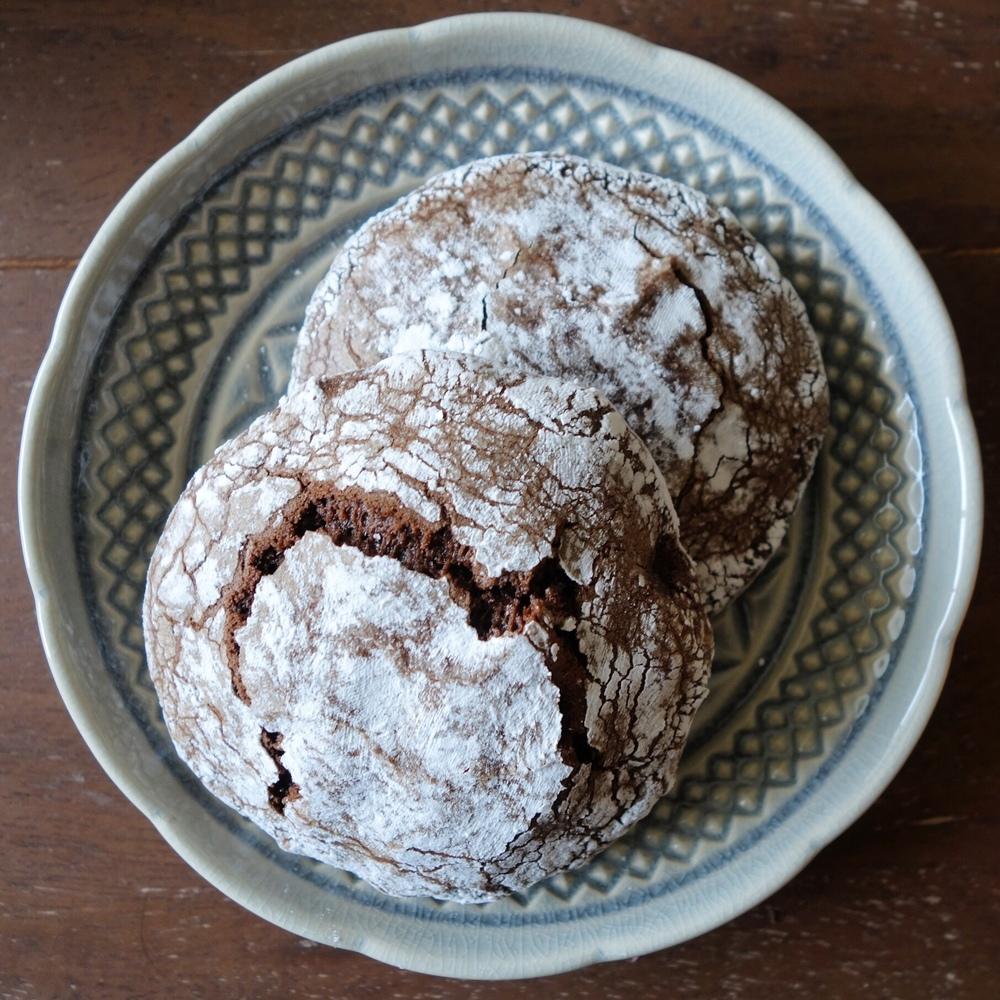 Bacano Bakery - Crinkle Cookies