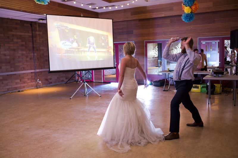 kelownafirstdanceweddingphoto