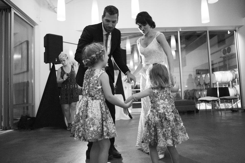 kelownaweddingfamilydance