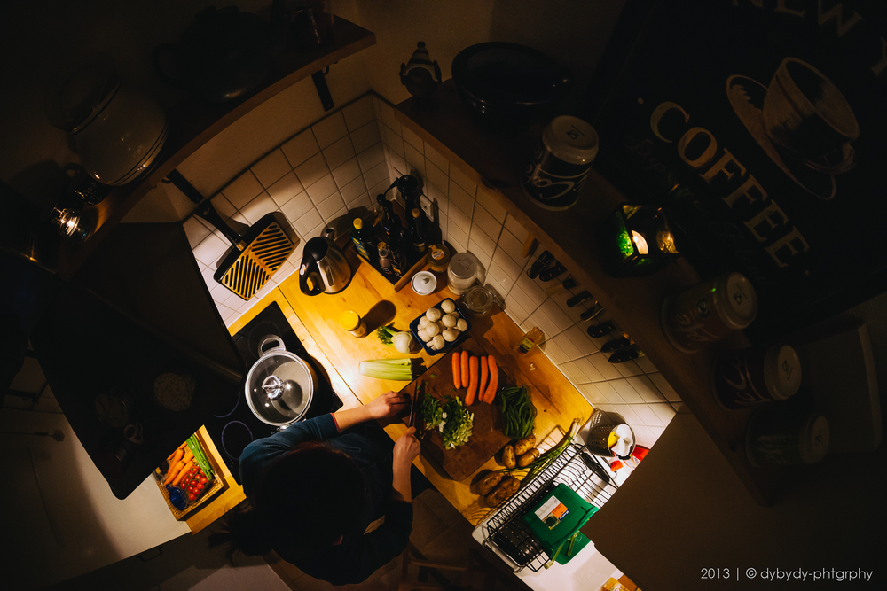 kitchen nook  - sony nex 7 | walimex 8 f2.8 | f4.0 | ISO1600 | 1/60