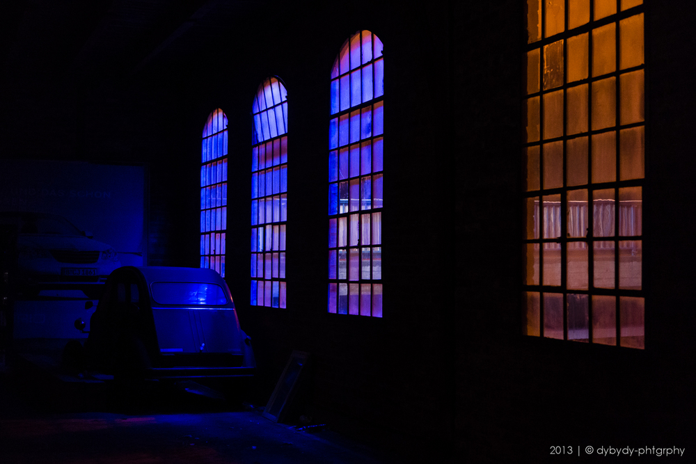 nightly 2cv  - sony nex 7 | sel35 f1.8 | f2.0 | ISO1600 | 1/6