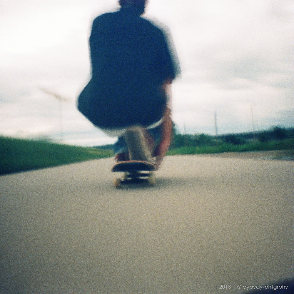 thrill of speed  - diana mini | 24mm | kodak portra 800 | f11.0 | bulb