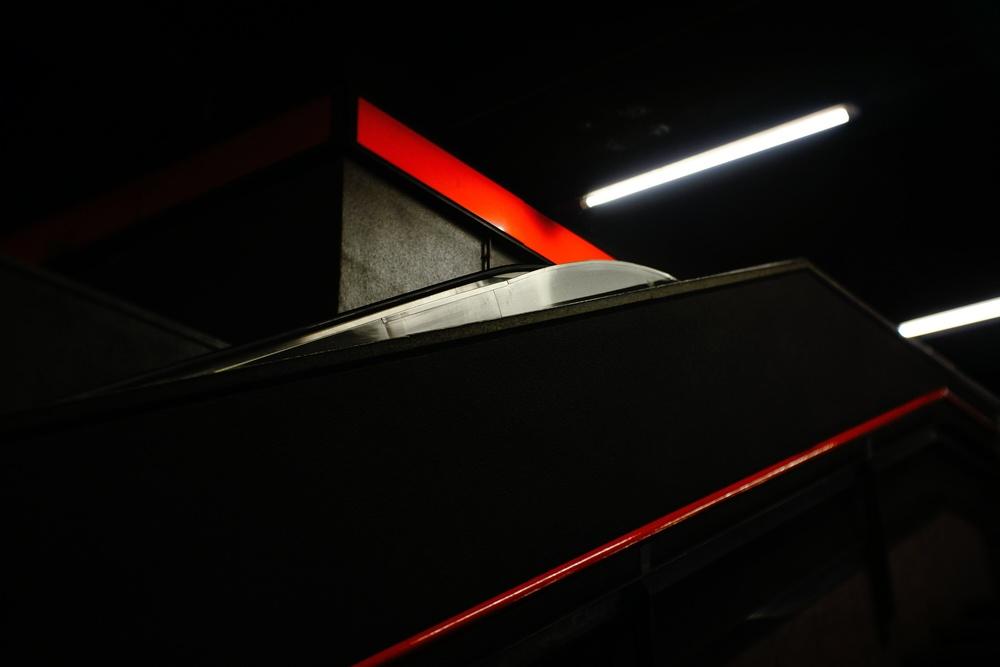 metro colours  - sony nex 7 | fujian 35 f1.7 | f2.8 | ISO320 | 1/60