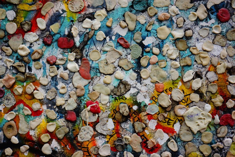 chewed wall  - sony nex 7   sel35 f1.8   f5.6   ISO160   1/60