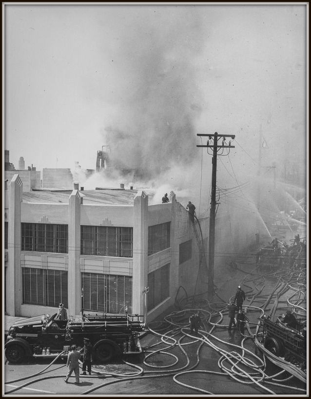 Fire at shop in San Francisco in 1953
