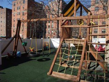 bxv_Playground.jpg
