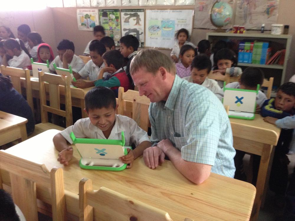 Honduras Visit 03.2012 - El Socorro Elementary - Greg Ubert President Crimson Cup.jpg