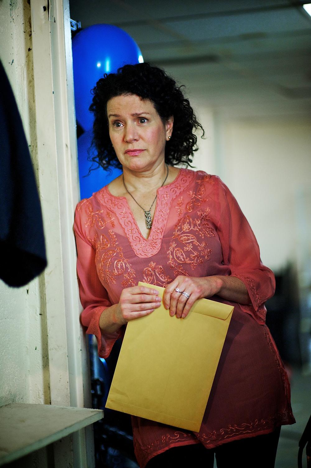 Susie Essman as Gilda