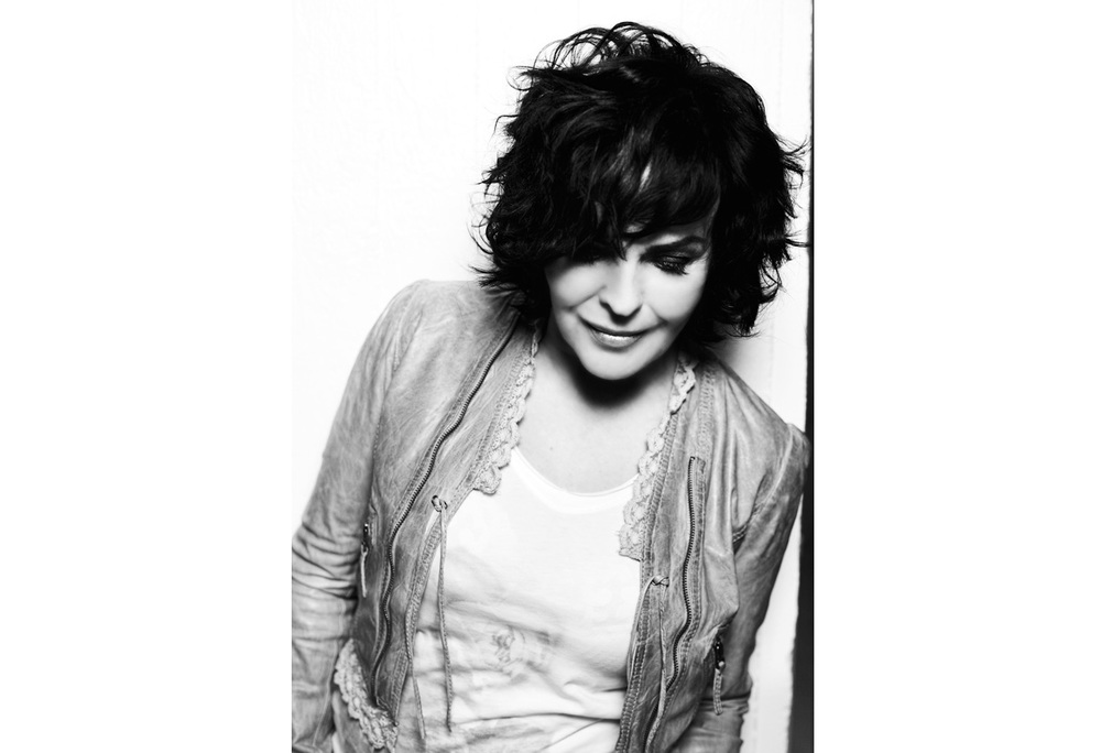 Paula Koivuniemi. Edel Records.