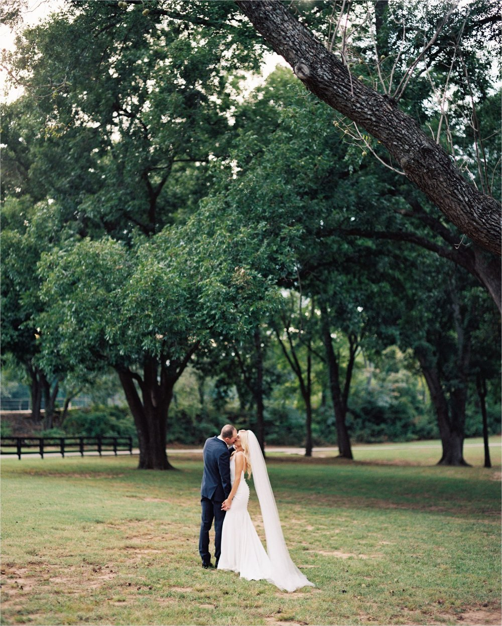 oklahoma_spainranch_film_fineartweddingphotographer_0055.JPG