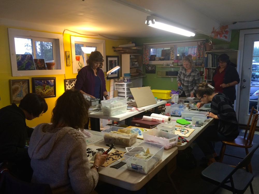 Students in a Stepping Stones class in my former studio (in Florence) last fall.