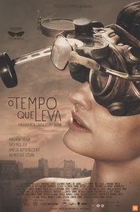 E o óculos foi parar no cartaz do filme. Na foto, a atriz Mayana Neiva, que interpretou Jamila. A arte do cartaz foi elaborada e executada a três mãos: A designer gráfica Liz Borba, o novelo Will Martins e eu.