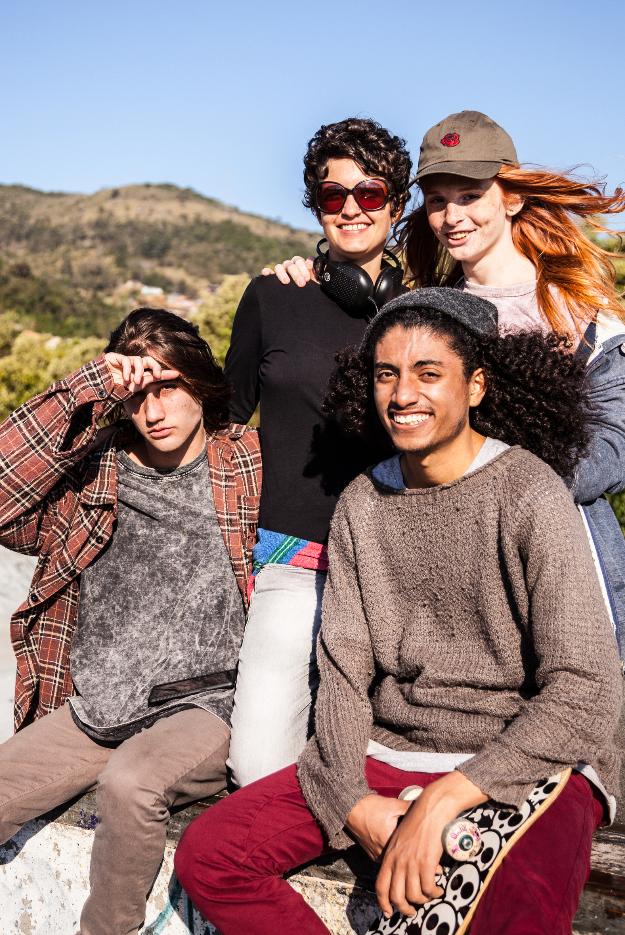 Maria com o elenco principal do filme, Alice Doro, Aleff Resler e Rafael Gregório. Foto:Cíntia Domit Bittar.