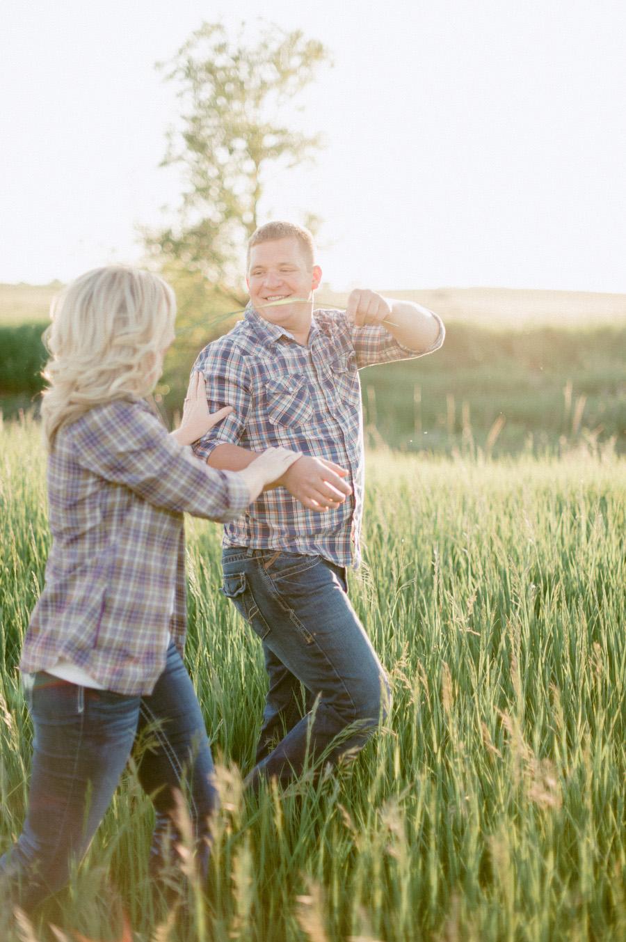 Lucas and Kari Engagement-15.jpg