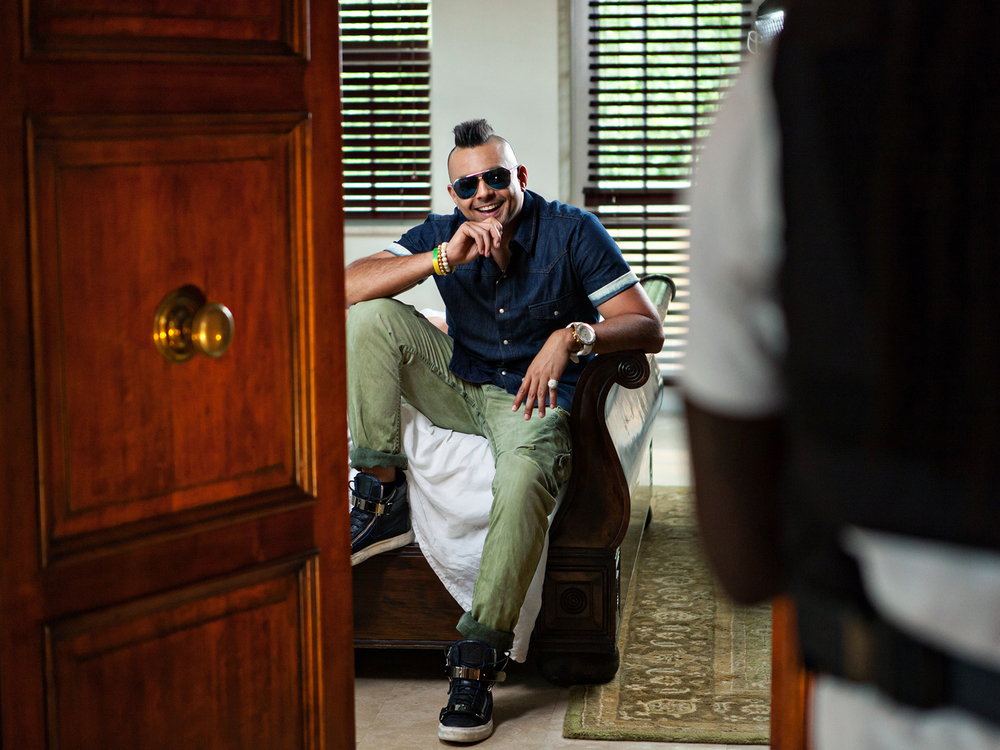 "Sean Paul on set of ""Other Side of Love"""