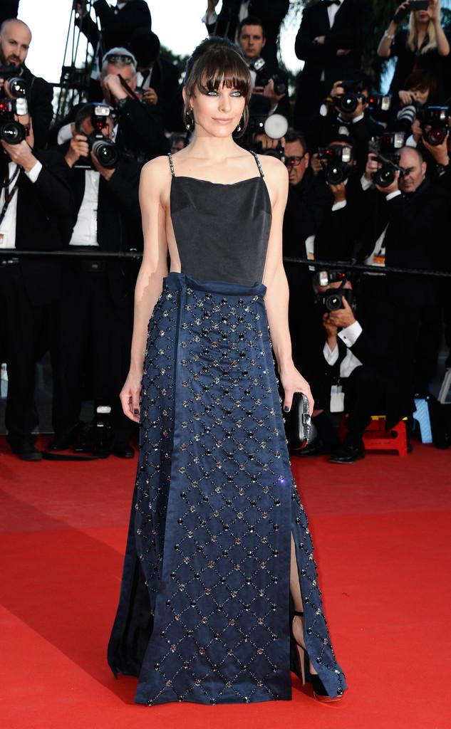 Milla+Jovovich+Cleopatra+Premieres+Cannes+2odQrhUHZtkx.jpg