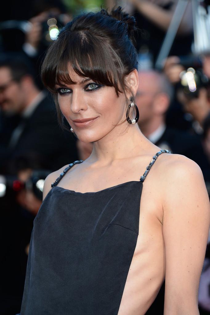 Milla+Jovovich+Cleopatra+Premieres+Cannes+jXMx5ht4LRMx.jpg