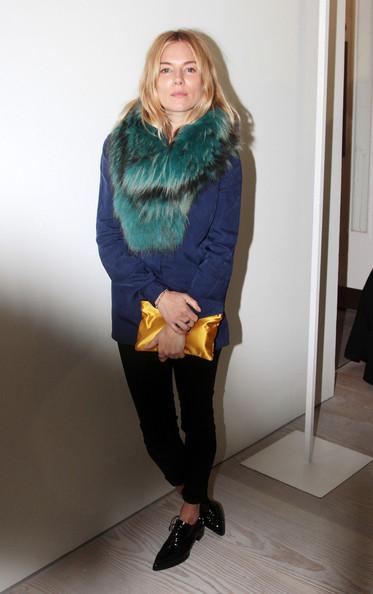 Sienna+Miller+LFW+Arrivals+Matthew+Williamson+4ileErHWUrPl.jpg