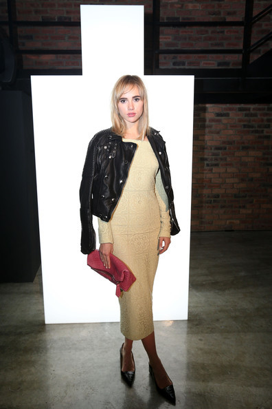 Suki+Waterhouse+Burberry+Celebrates+Brit+Rhythm+XQc-FD9dESCl.jpg
