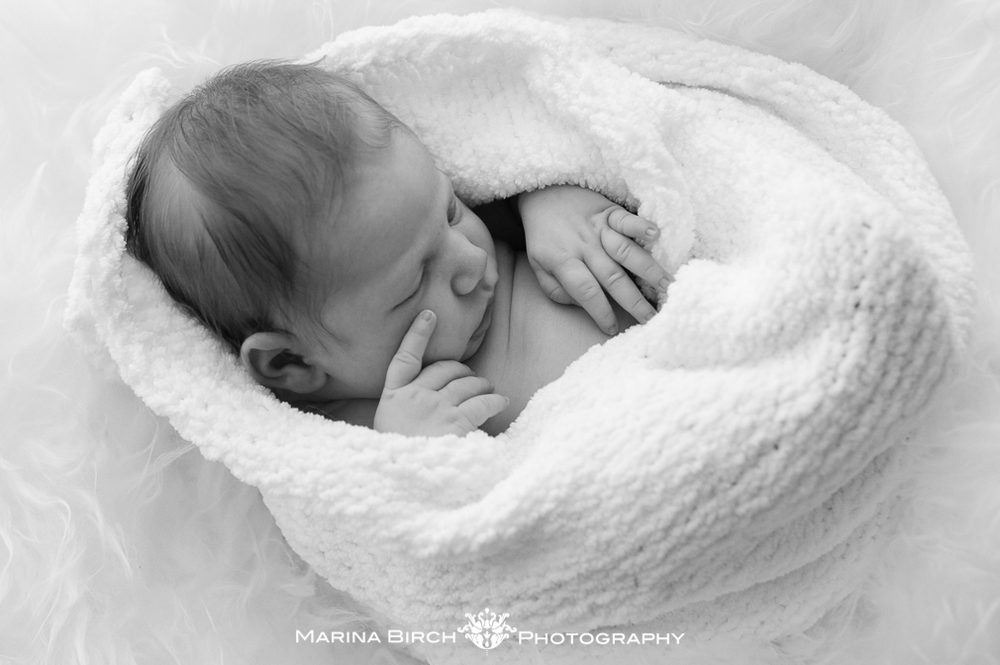 MBP. Newborn home session .-9.jpg