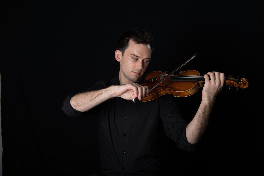 violinist head shot