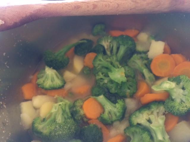 Broccoli, carote e patate...poi le abbiamo frullate