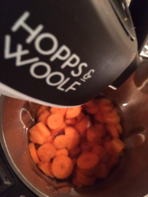 Preparazione zuppa di carote Carrots soup