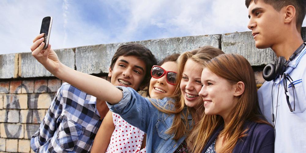 #omg #selfie #socool (Source: Huffington Post)
