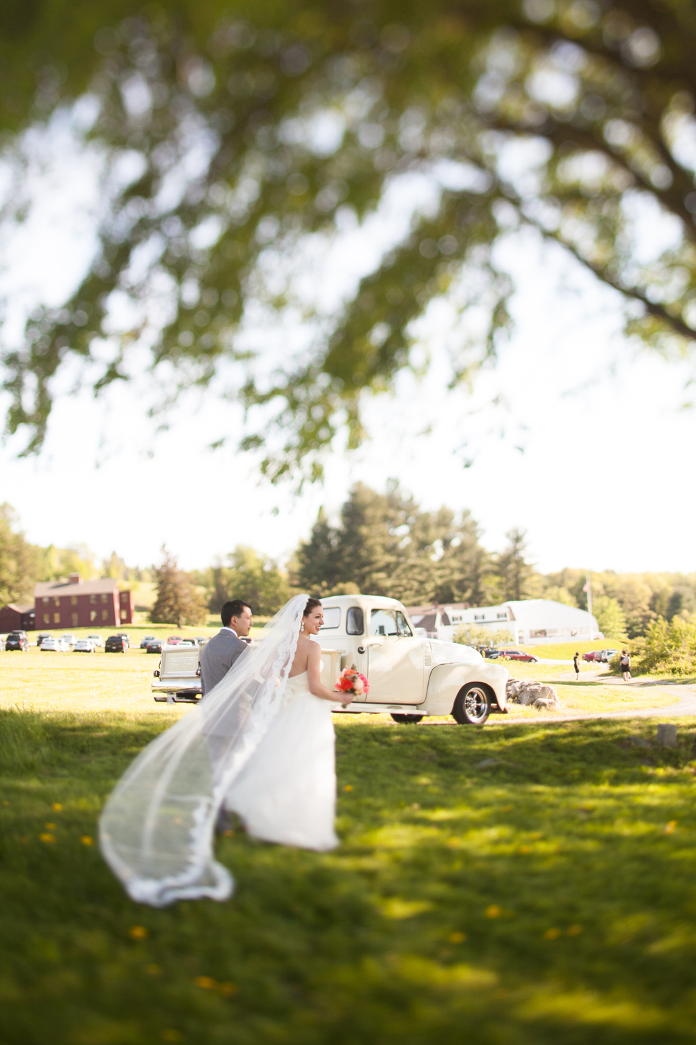 Fruitlands Museum Wedding Photographer