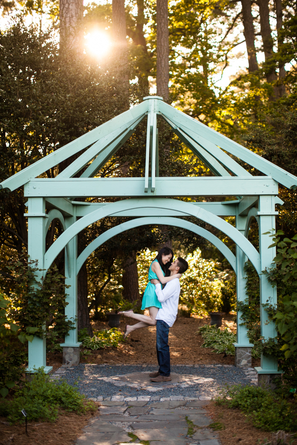 Norfolk Botanical Garden Engagement Photography | Lisa & Neiman