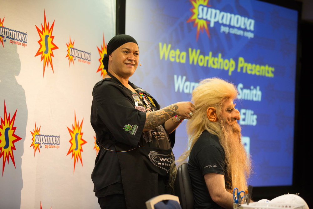 Warren creating a dwarf at Supanova Pop Culture Expo 2016 - Photo by Bruce Moyle
