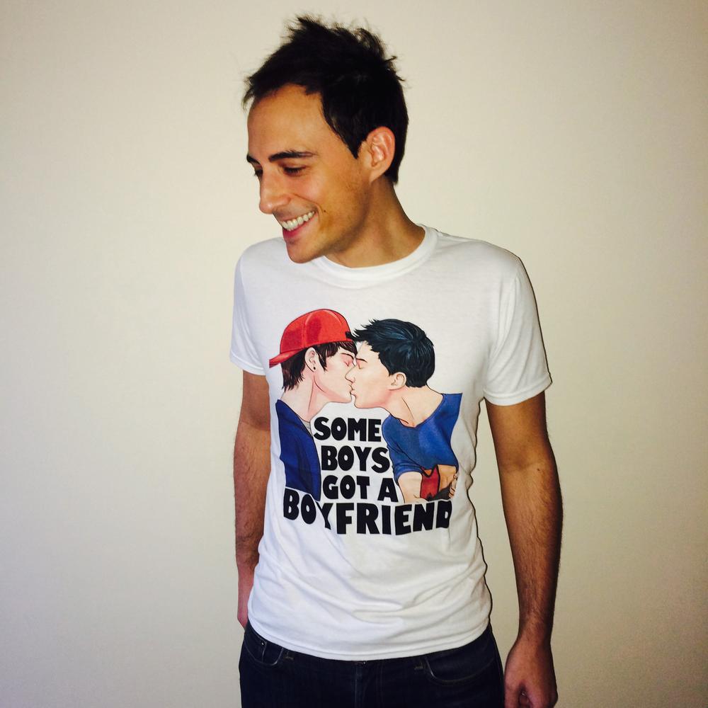 kiss tshirt.jpg