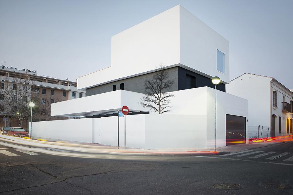 arquitectos modernos Caceres ramiro losada amor alberto garcia 01.jpg