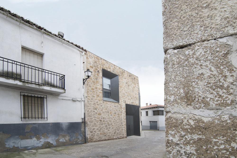 Stone House - Ramiro Losada-Amor - Alberto Garcia Jimenez 06.jpg
