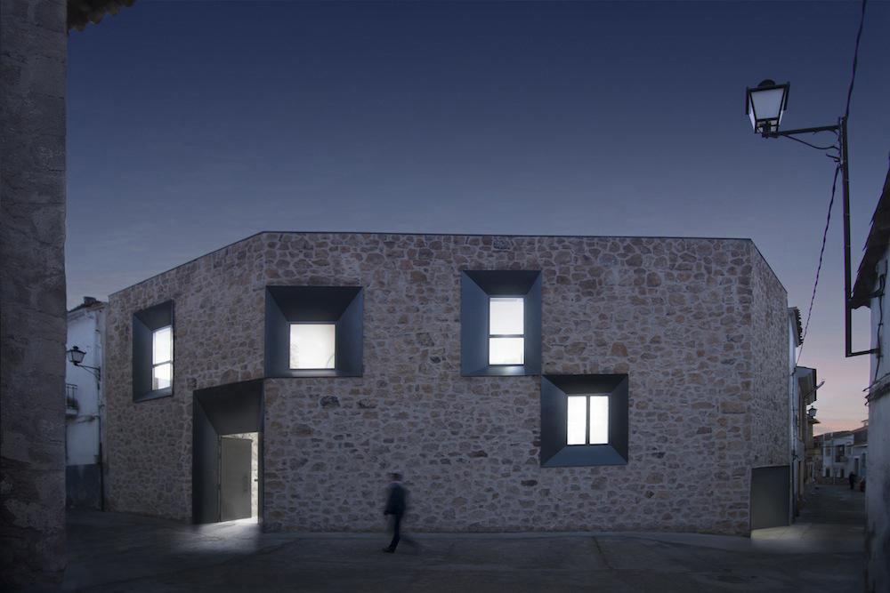 Stone House - Ramiro Losada-Amor - Alberto Garcia Jimenez 07.jpg